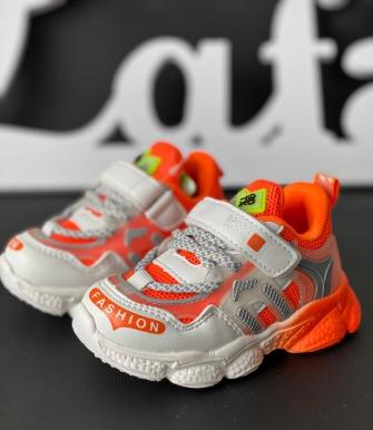 Кроссовки на липучке (бело-оранжевые)