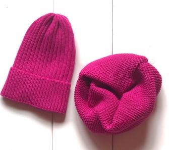 Комплект шапка трюфель с подворотом + снуд  (малиновый)